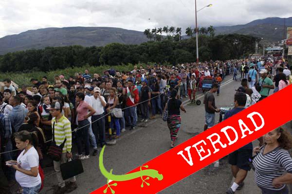 Son colombianos la mayoría de personas que cruzan puente fronterizo