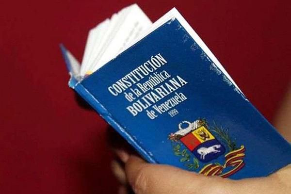Días sin redactar/modificar artículos de la constitución en la ANC