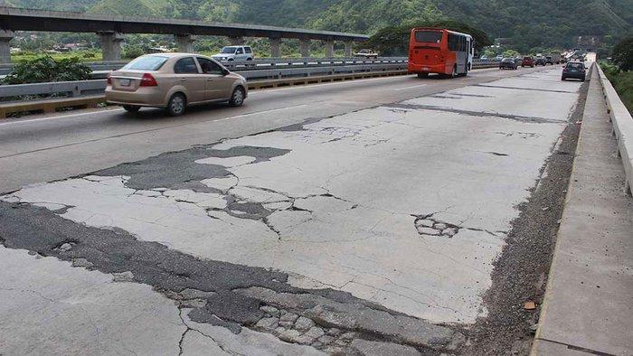 Viaducto La Cabrera resiste 61 años sin los mantenimientos adecuados #CotejoVerifica