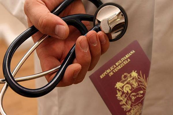 Migración de médicos y técnicos de salud pone en jaque a centros asistenciales de Lara