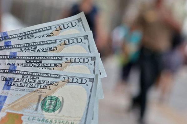 El dólar: De la pulverización a la principal moneda de intercambio del venezolano